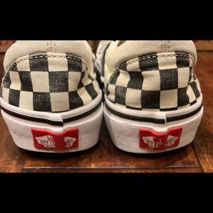 Vans Shoes - Vans Checkered Slip on Sneakers Women 8 Men 6.5